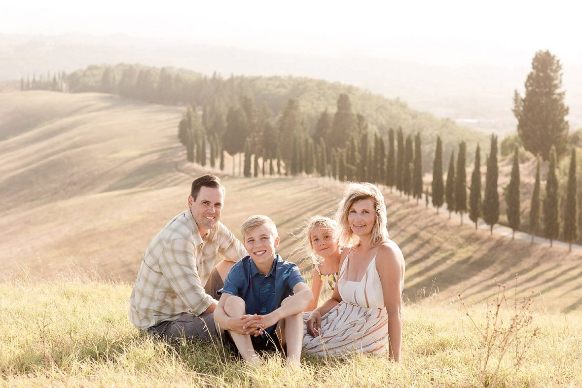 Family picture in Tuscany countryside scenario